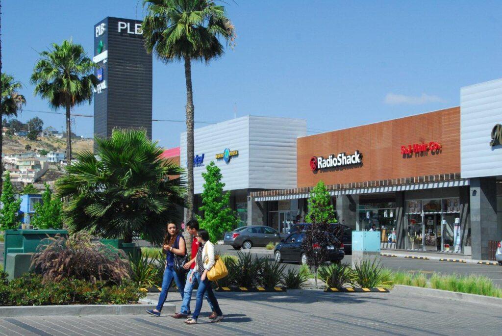 Plaza Las Brisas